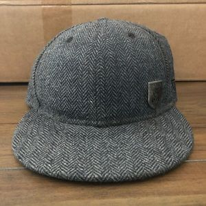 Tweed RVCA fitted hat